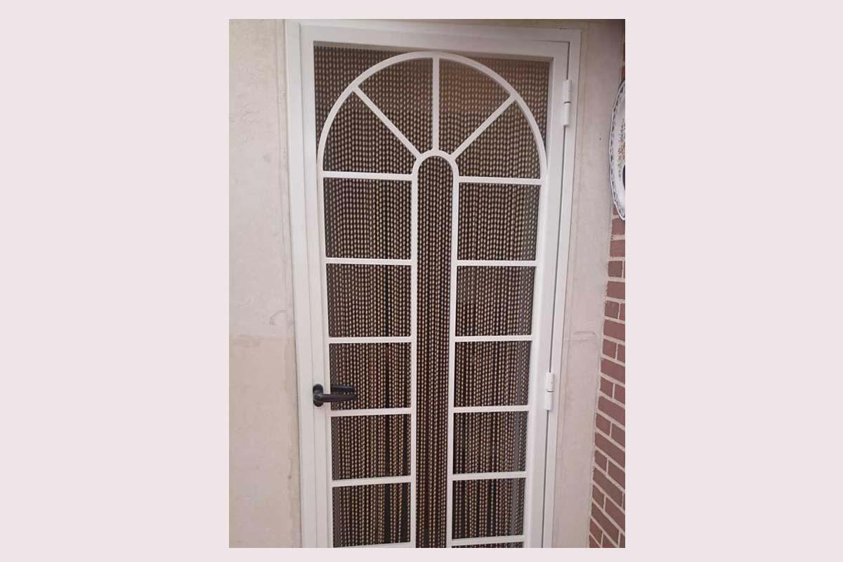 Puertas De Baño Tres Rios:Fabricantes de puertas metálicas, de aluminio y forja