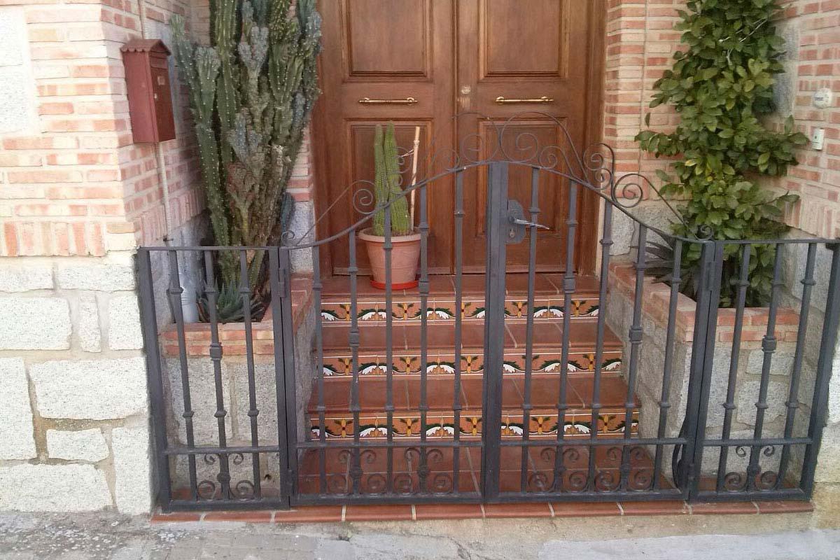 Puertas Cerrajeria El Rio